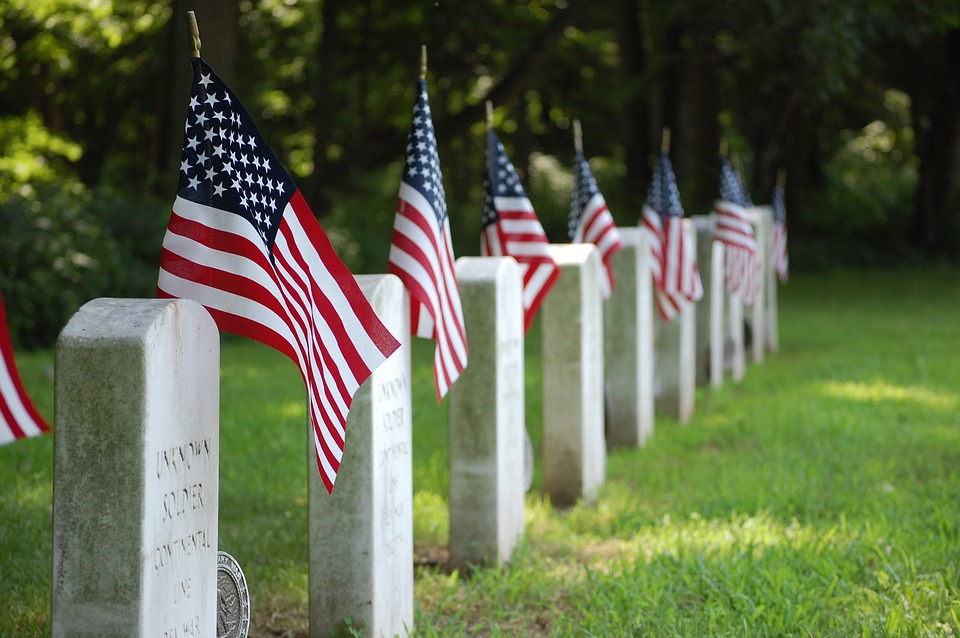 BillionGraves, flags, military, flag holders, medallion, Veteran, US, USA, US veteran, army, navy, marine, air force, cemetery, gravestone, American flags, independence, grave, BillionGraves