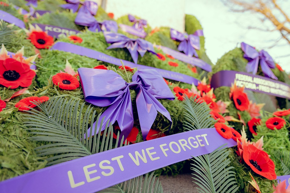 wreath, lest we forget, tombstone, cemetery, BillionGraves, Remembrance Day, Veterans, World War I, history, family history, genealogy, BillionGraves, ancestry, ancestors, heritage, grave, gravestone, graveside, November 11th
