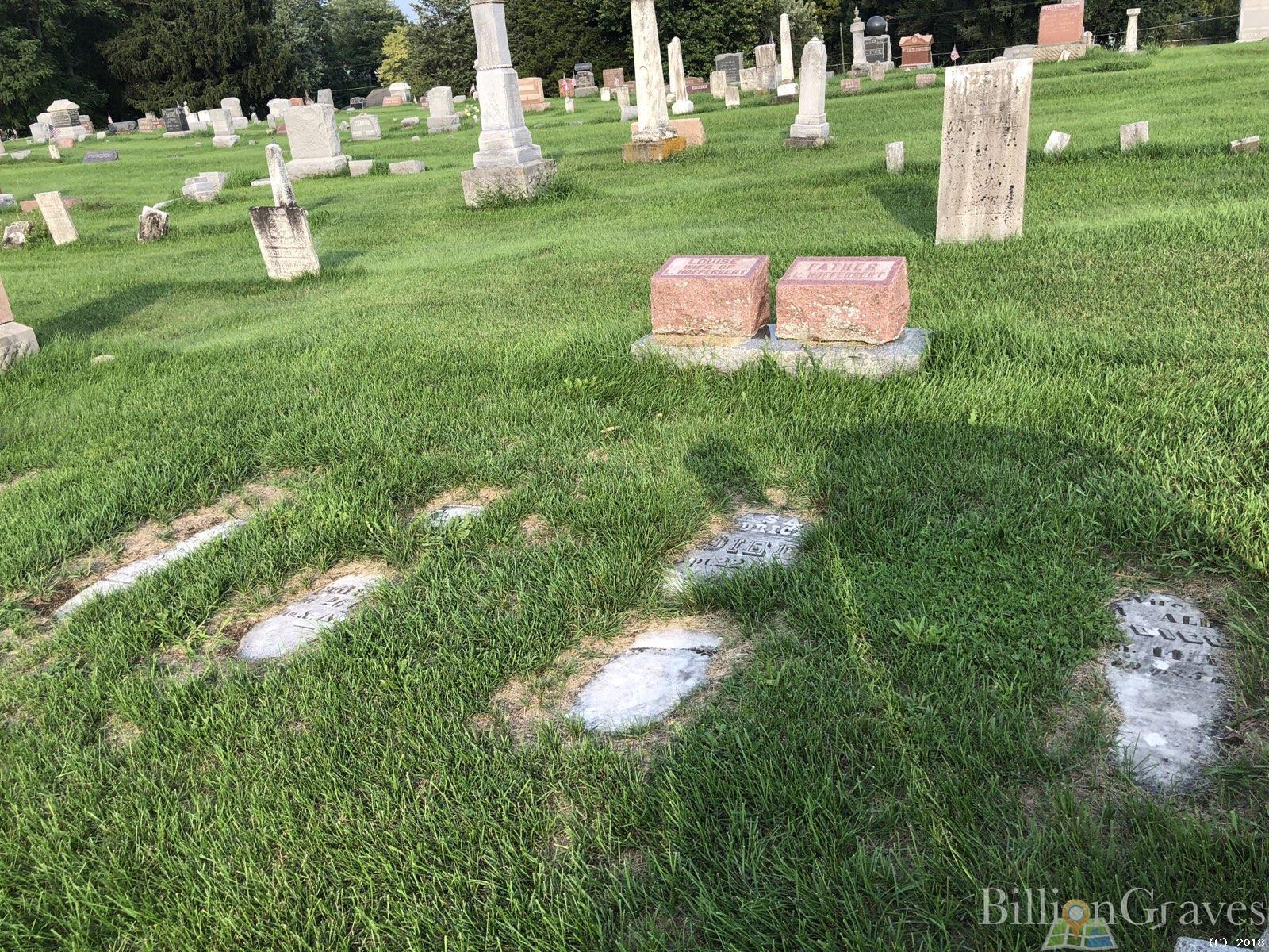BillionGraves, gravestone, grave, damaged gravestones, cemetery, family history, ancestors, community service project, JustServe, Hamilton, Indiana, BillionGraves app