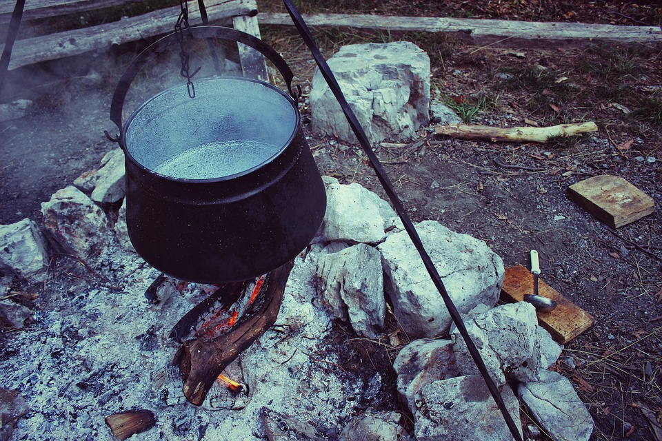 BillionGraves, Irish Famine, celtic cross, cemetery, genealogy, family history, ireland, St. Patrick's Day, Irish wake, Irish burial customs, family history, genealogy, cooking pot, fire, ancestors
