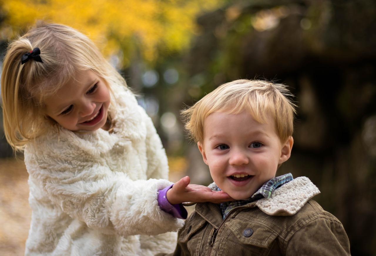siblings, family, BillionGraves, coronavirus, school closures, children, kids, genealogy, family history, ancestors, GPS
