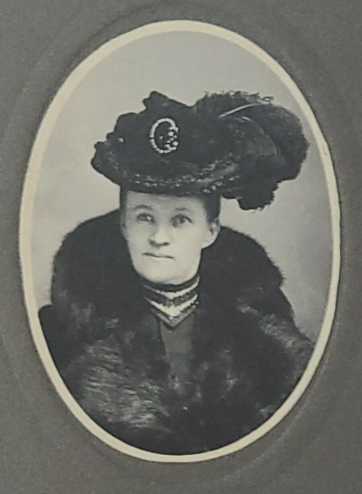 BillionGraves, ancestors, family history, Victorian era, Victorian mourning clothes, funeral. mourning, cemetery, grave, GPS, cemetery documentation, gravestone photos, feather hat, fur